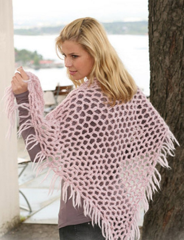 flamingo-crochet-shawl