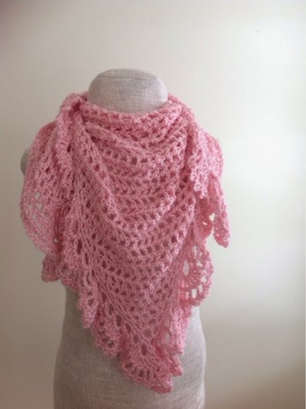 pink-lacy-triangular-shawl