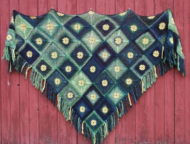 summer-meadow-motif-shawl