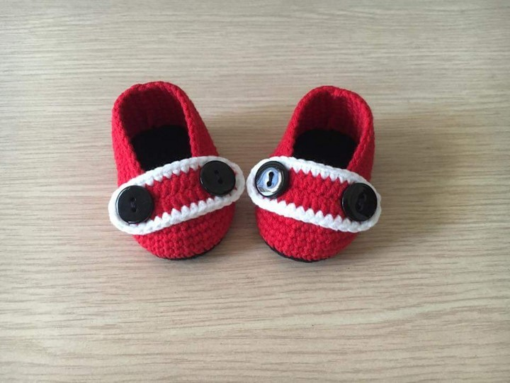 crochet-baby-shoes-56