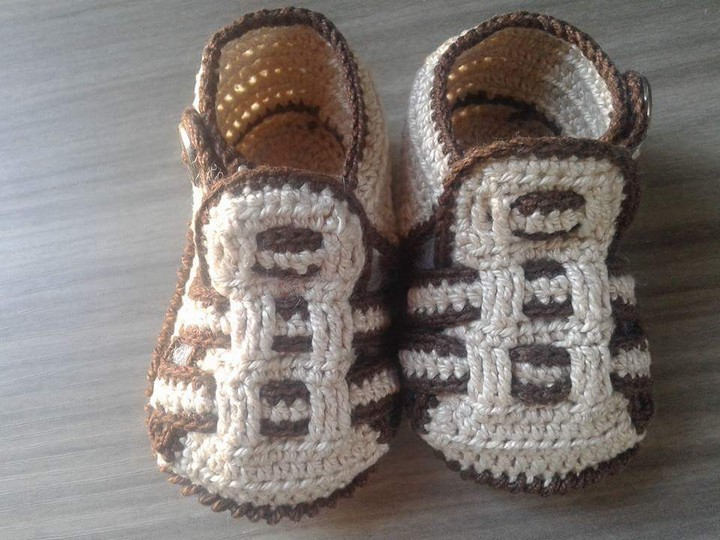 crochet-baby-shoes