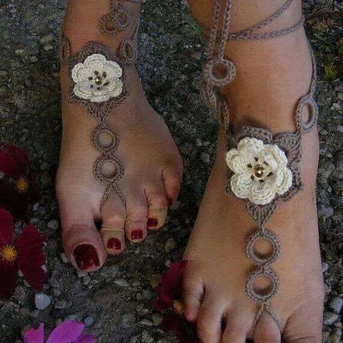 crochet-barefoot-sandal-2