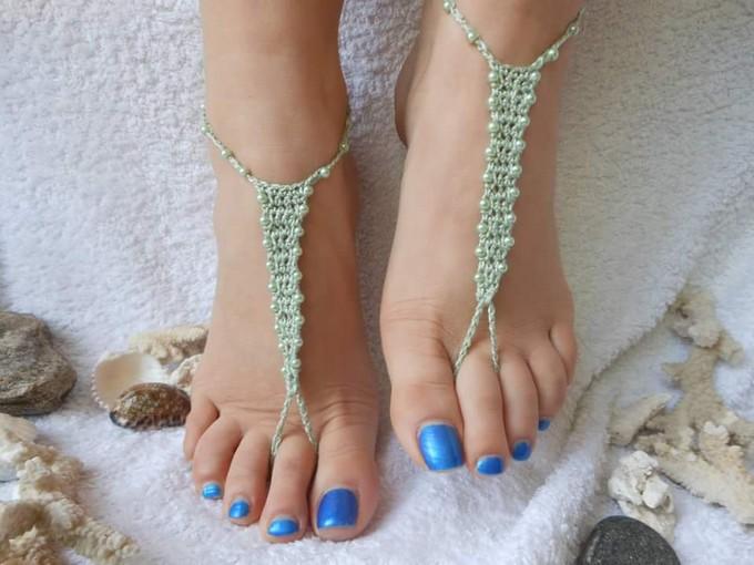crochet-barefoot-sandal-21