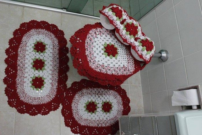 crochet-bathroom-organizer