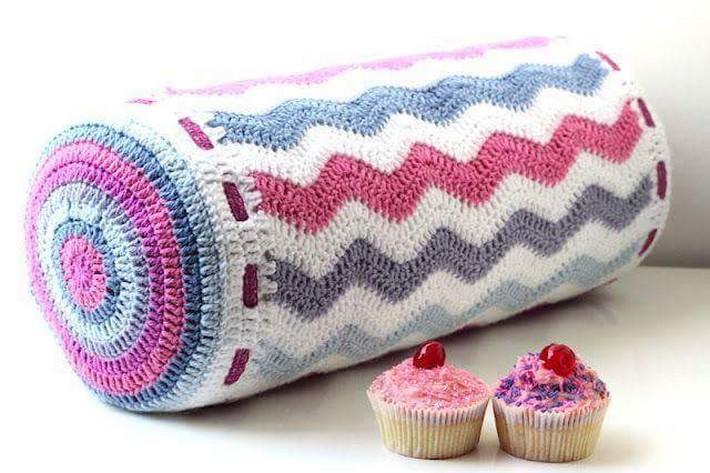 crochet-cushion-10