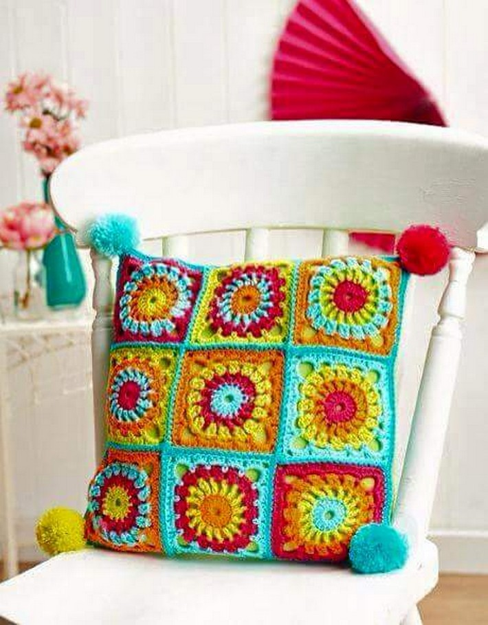 crochet-cushion-12