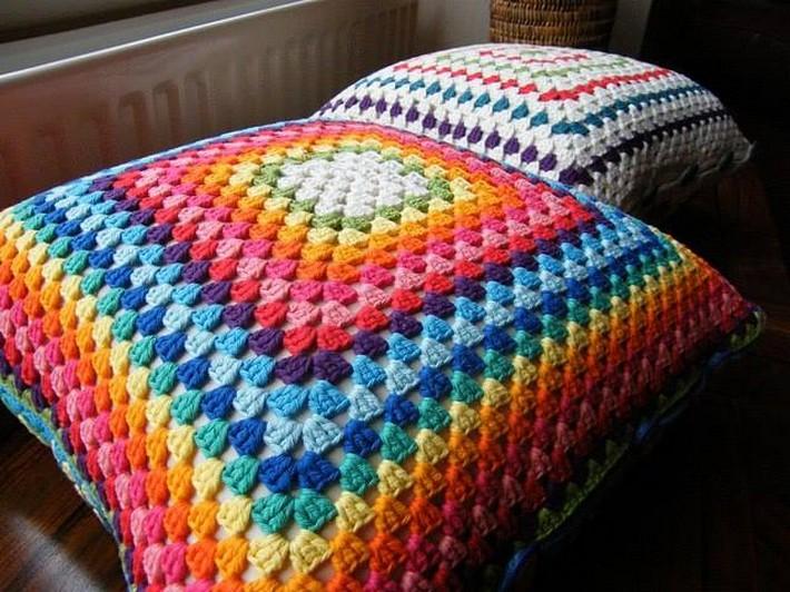 crochet-cushion-14