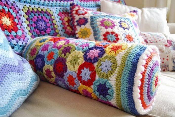 crochet-cushion-17