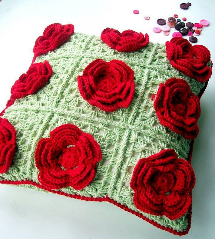 crochet-cushion-2