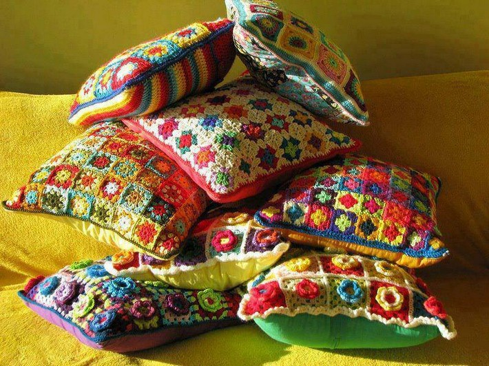 crochet-cushion-26