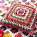 crochet-cushion-27