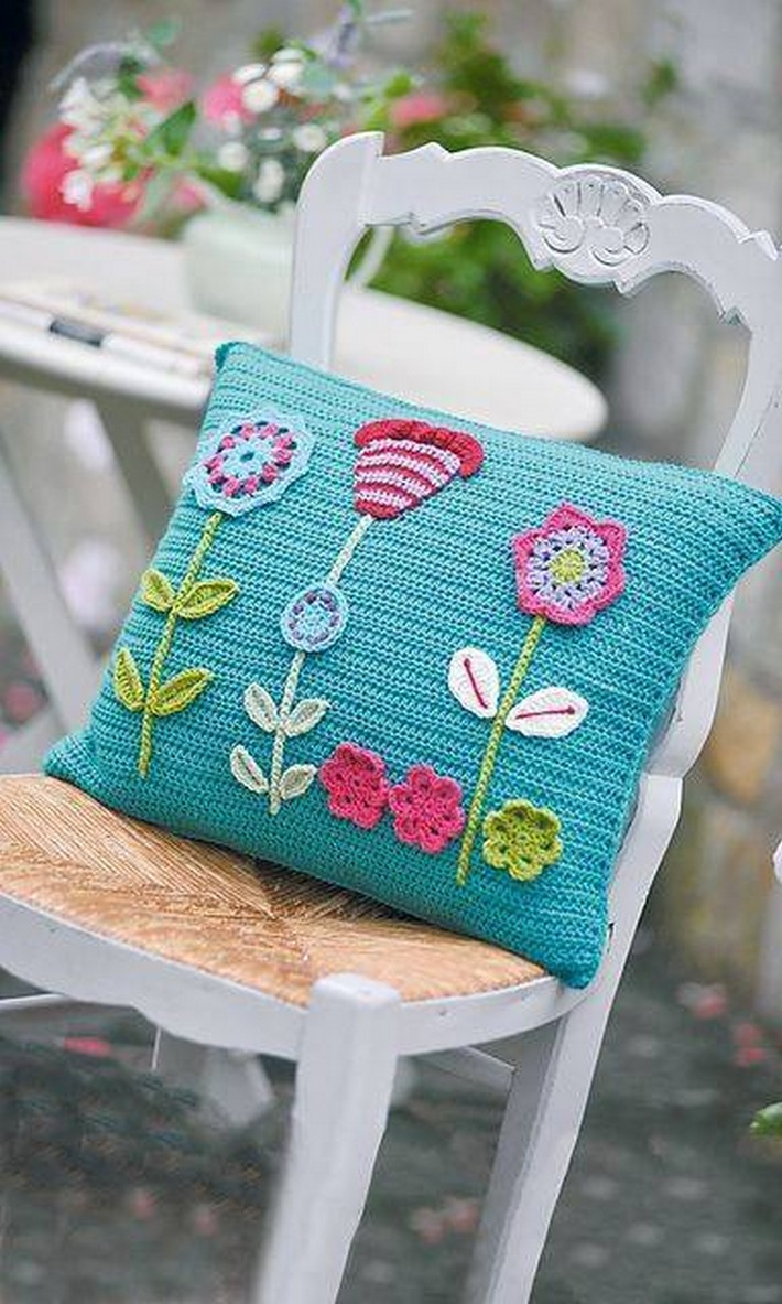 40 crochet cushion pattern ideas 1001 crochet - Cojines a crochet ...