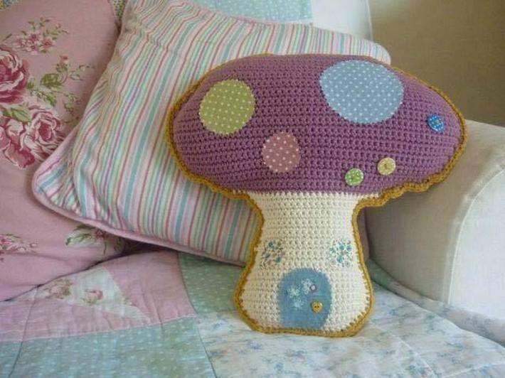 crochet-cushion-35