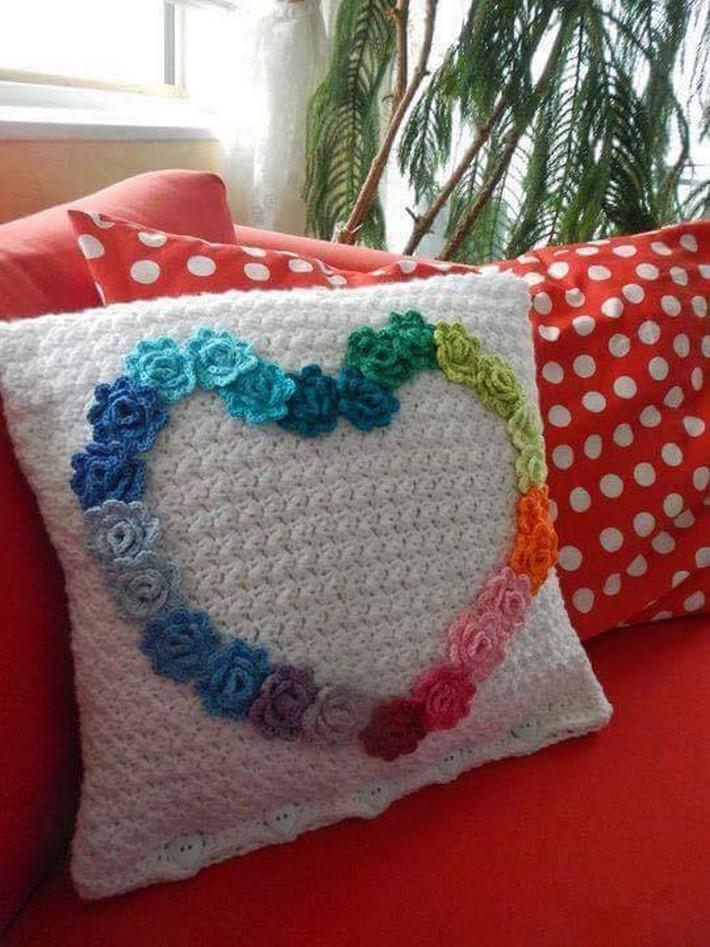crochet-cushion-36