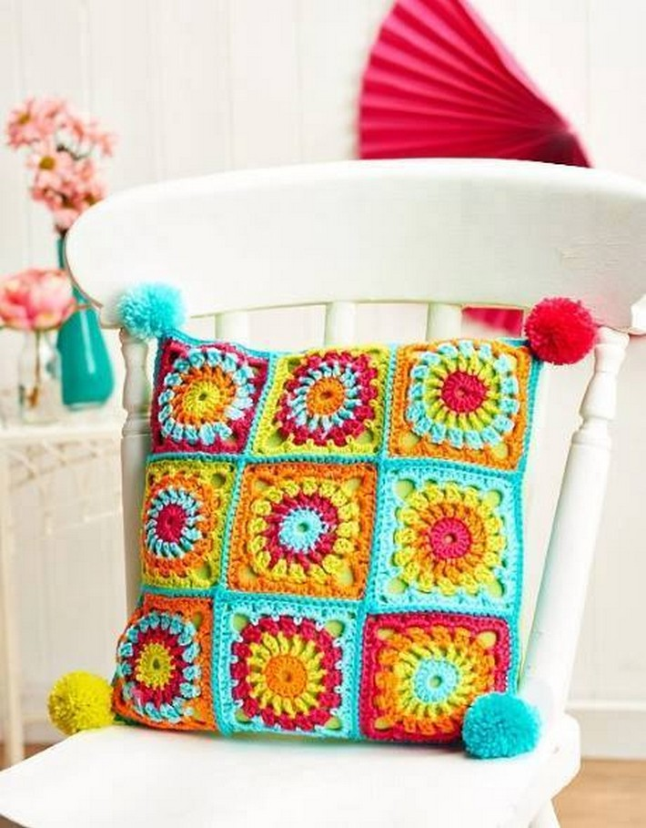 crochet-cushion-38