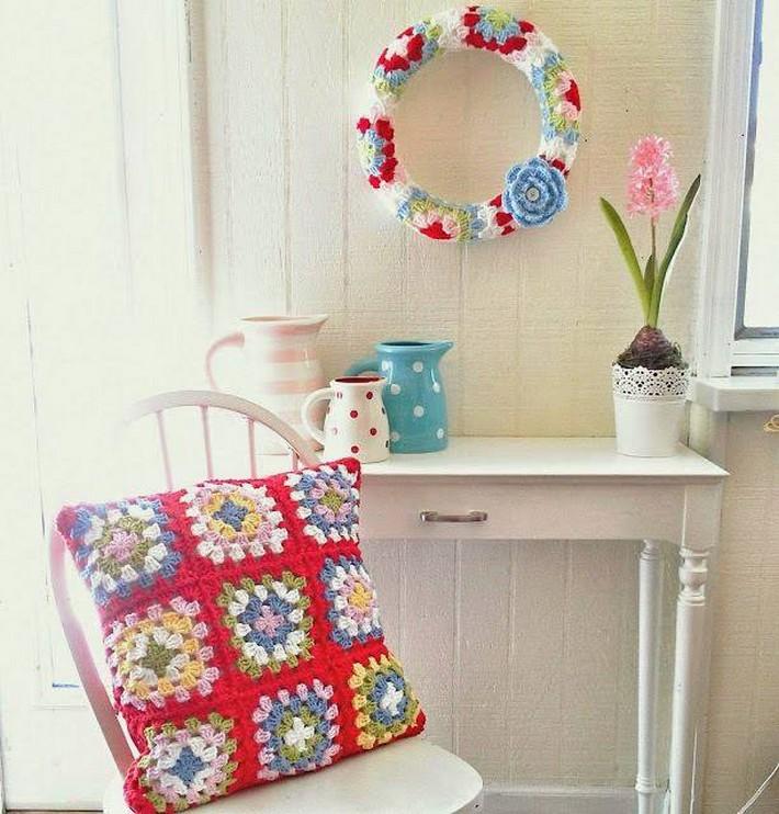 crochet-cushion-4