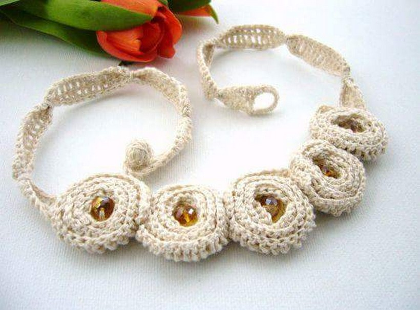 crochet necklace 18