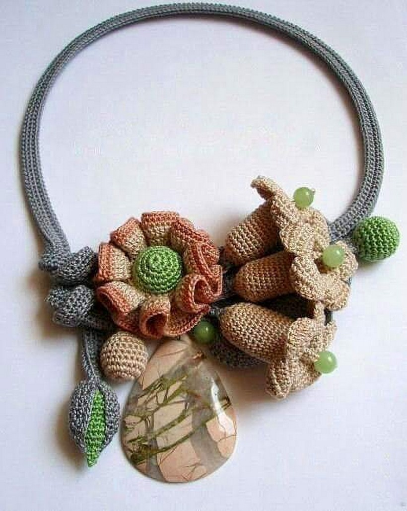 crochet necklace 41