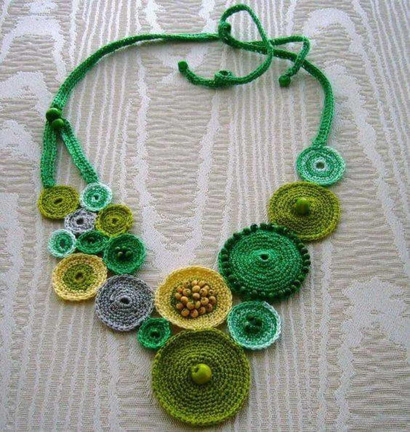 crochet necklace 43
