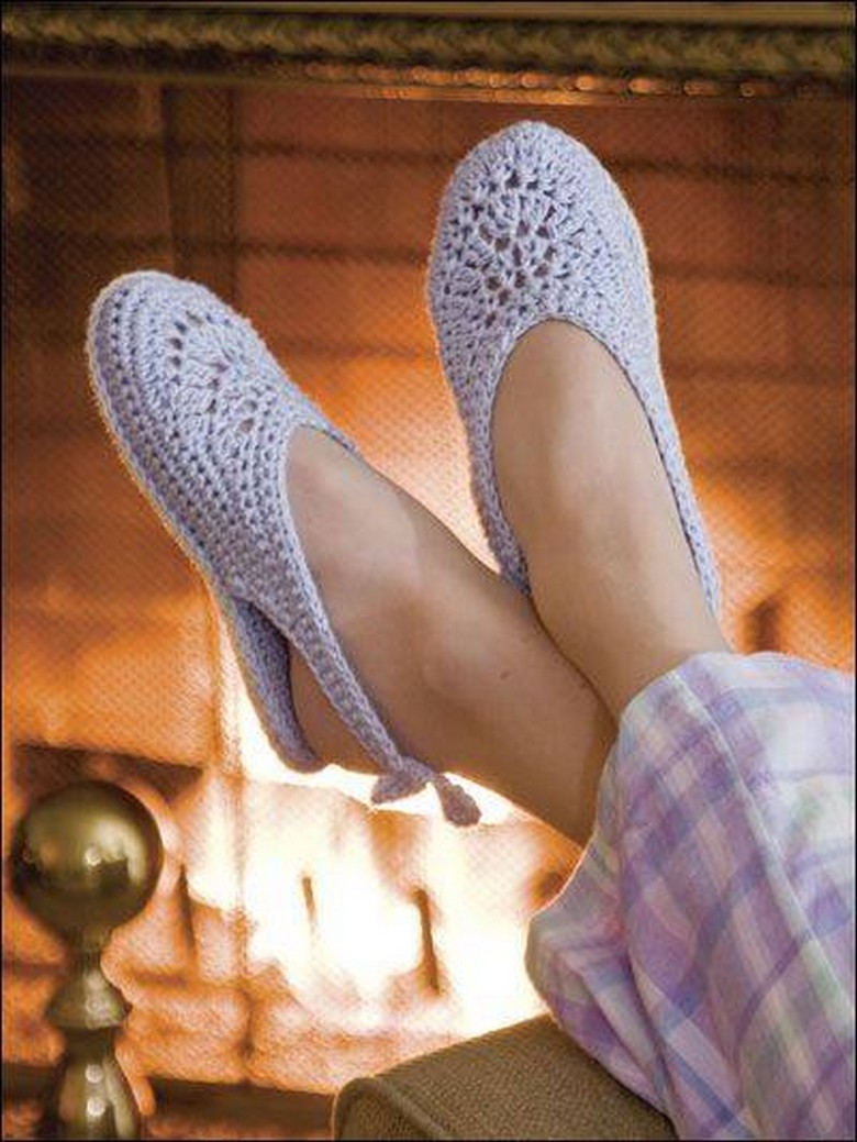 crochet shoes 18