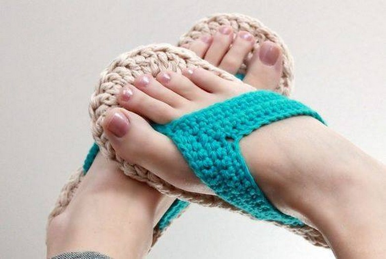 crochet shoes 24