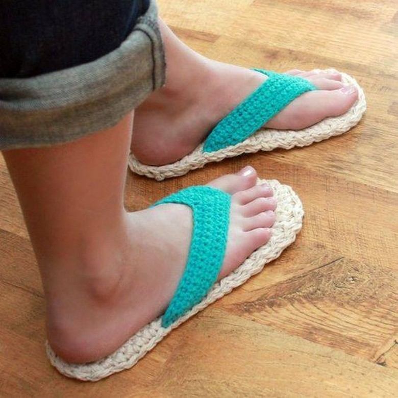 crochet shoes 28