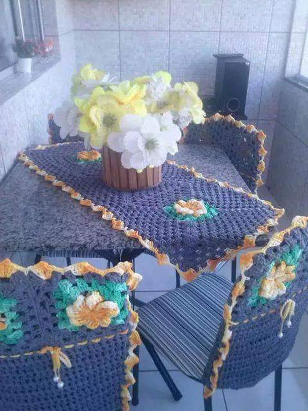 crochet table cloth designs
