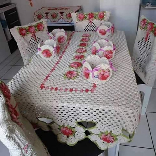 crochet table clothing idea