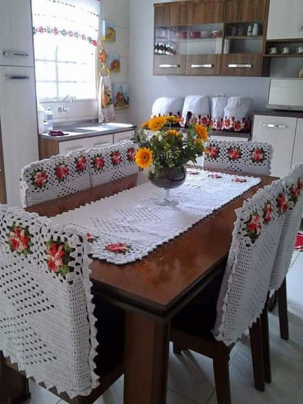 crochet table runner design