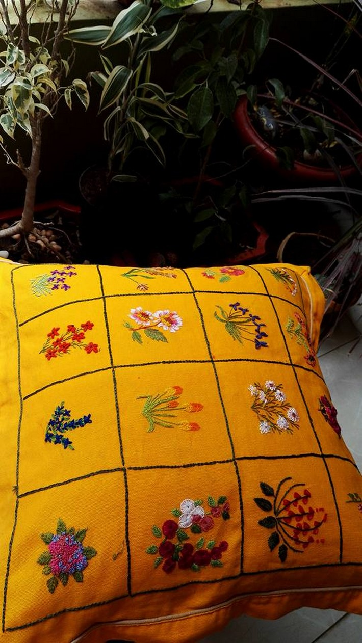 embroidered-cushion