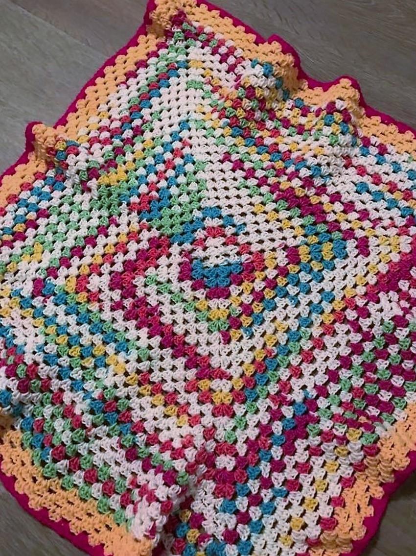 baby-rainbow-granny-square-blanket