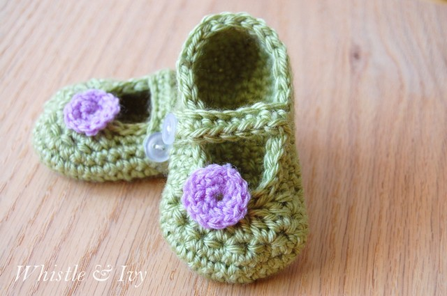 crochet-little-dot-mary-janes-pattern