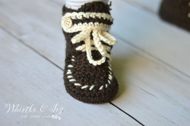 crochet-moccasin-booties
