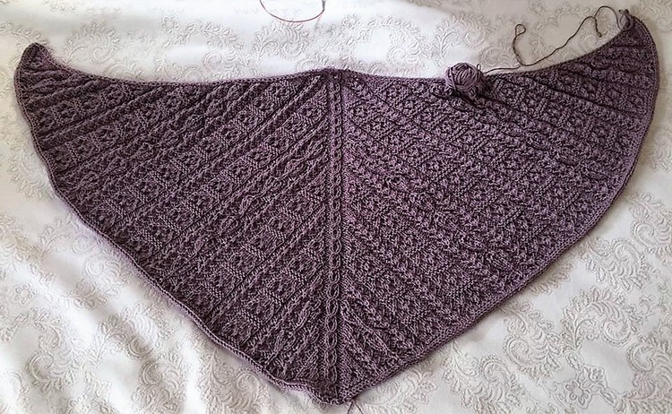 dusty-rose-shawl