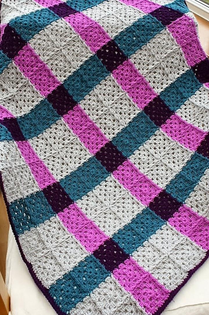 magenta-tartan-granny-square-blanket