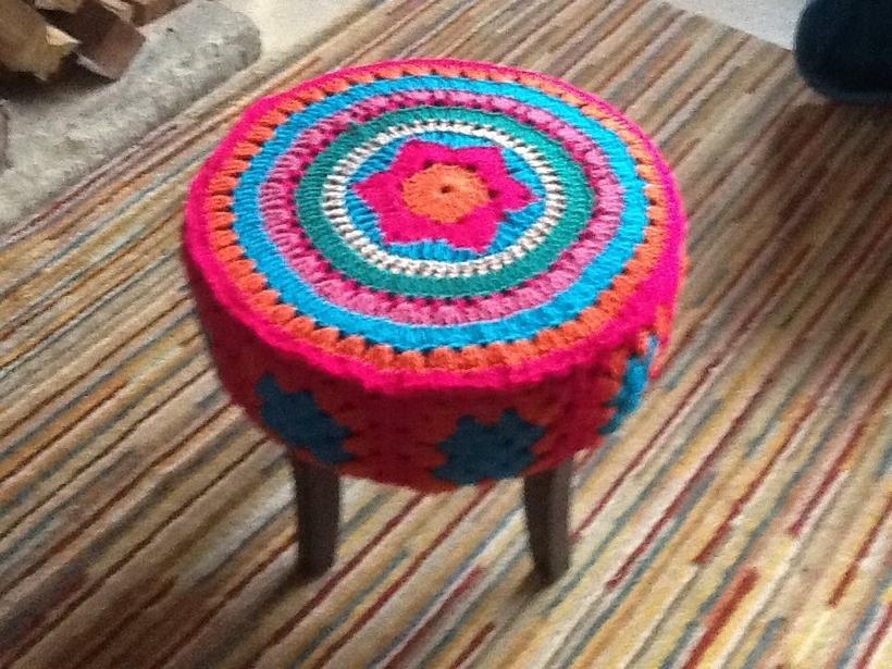 mandala-stool