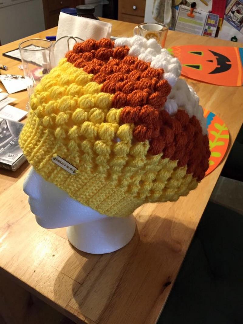pom-pom-crochet-hat