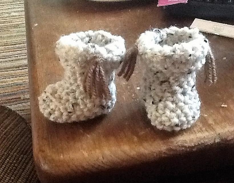 crochet-baby-boots