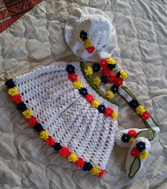 crochet-baby-dressing