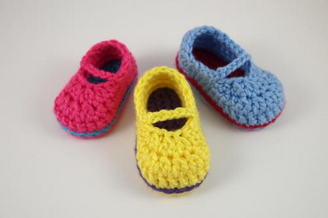 crochet-baby-shoes-1