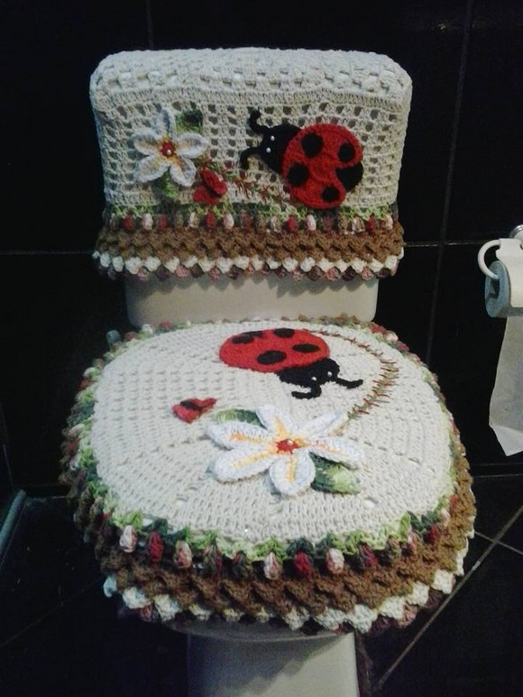 crochet-bathroom-design