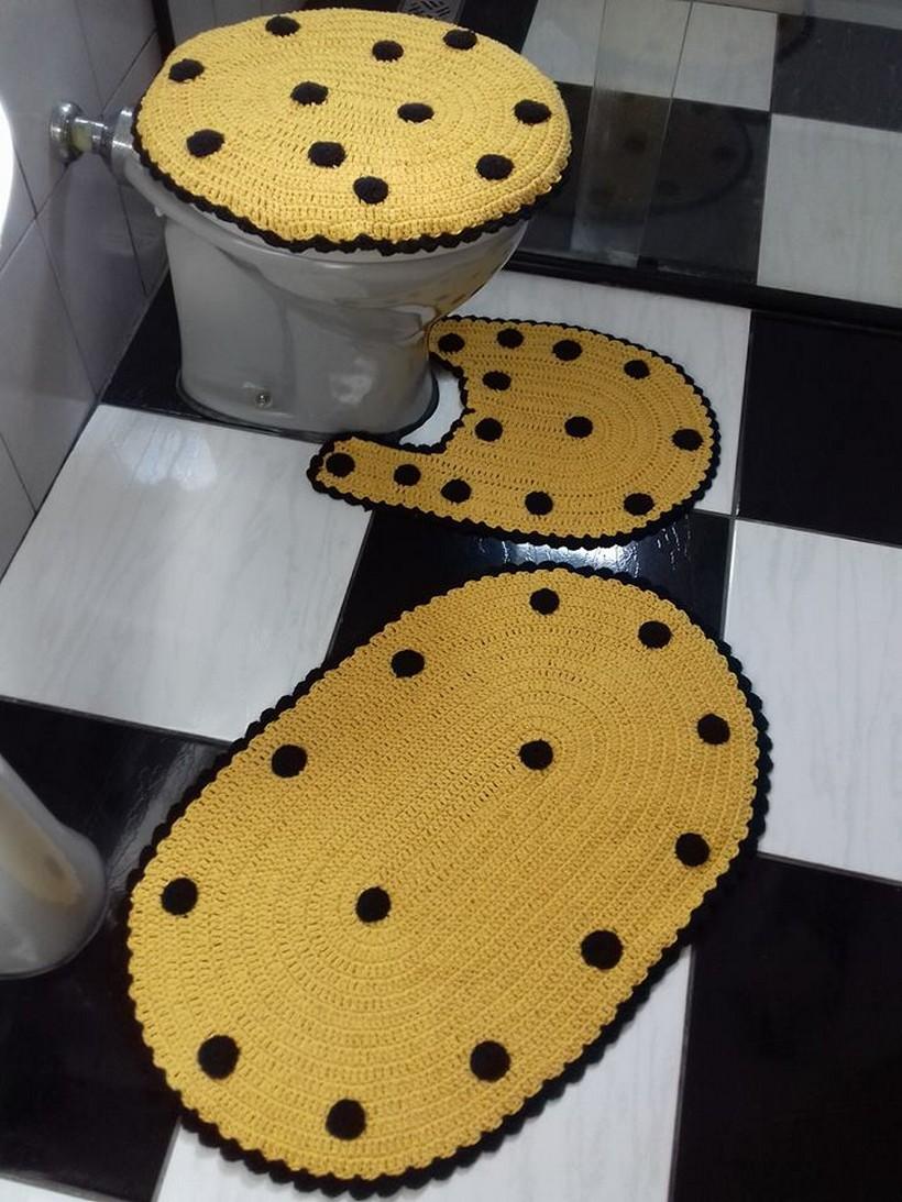 crochet-bathroom