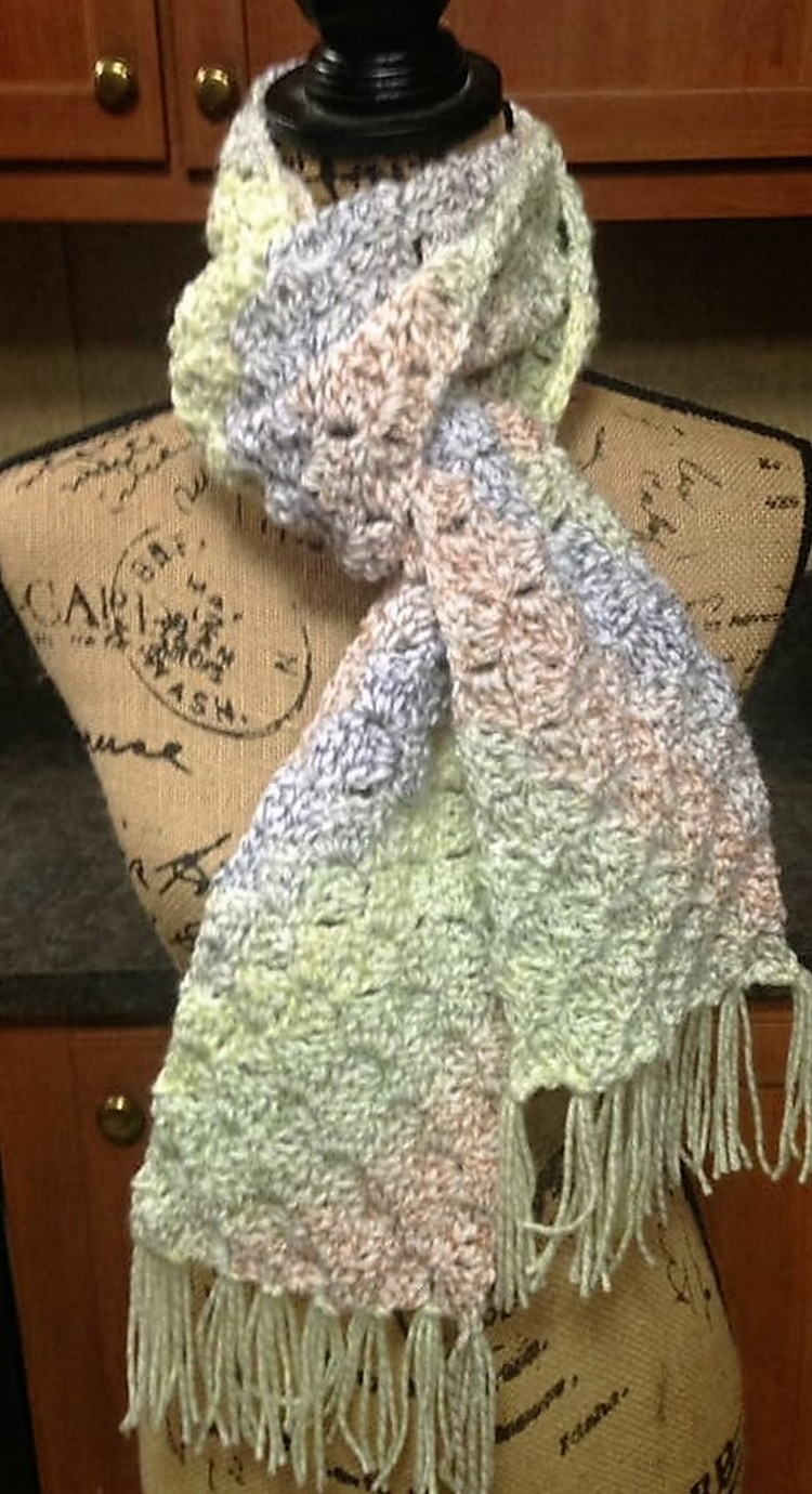 crochet-crowd-pattern-c2c-scarf