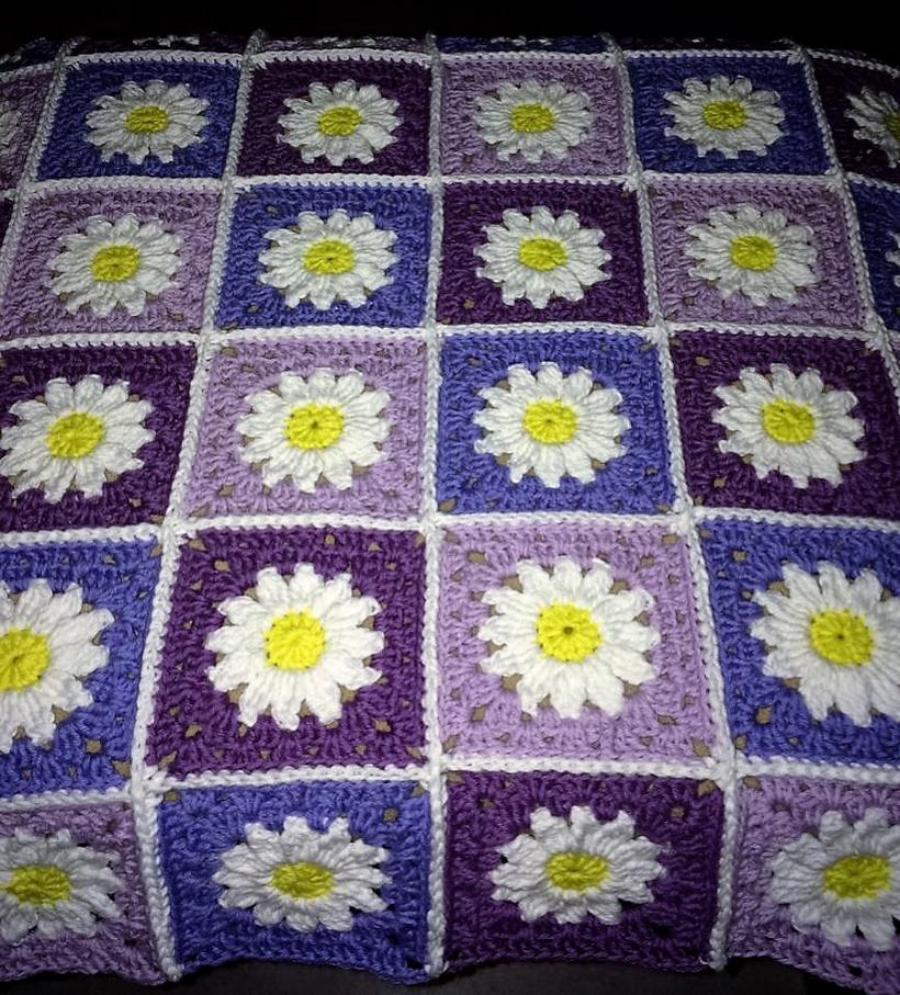 crochet-daisy-blanket