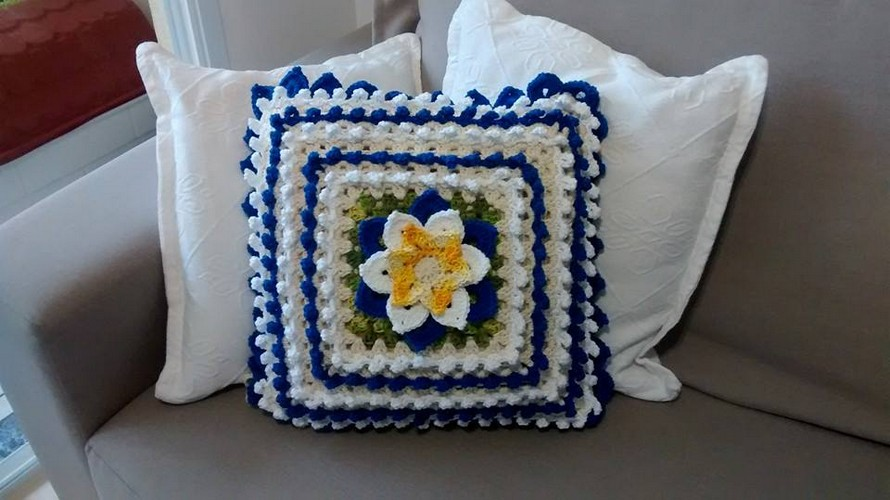crochet-pillow-idea