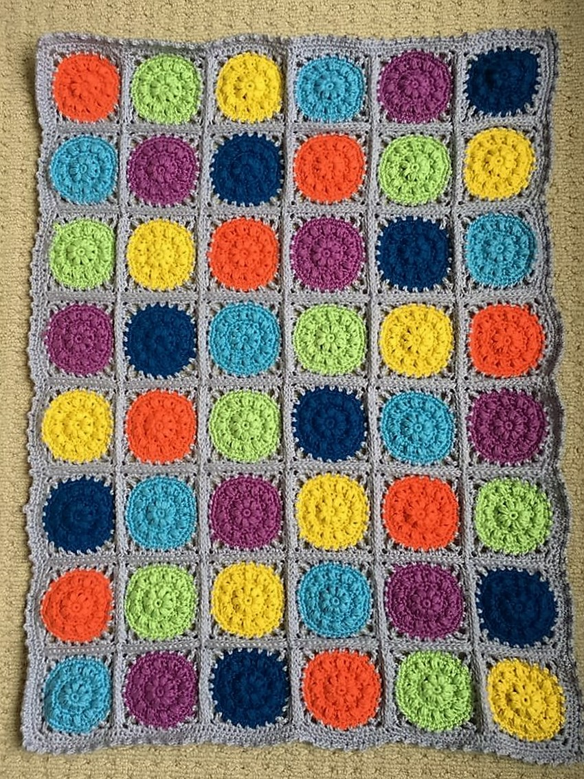 crocheted-baby-blanket