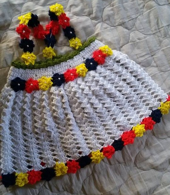 crocheted-baby-set