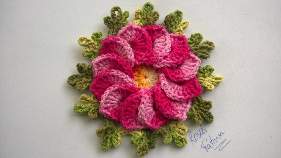 crocheting-flower