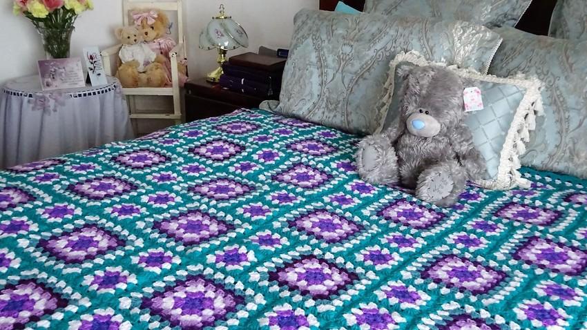 granny-square-blanket