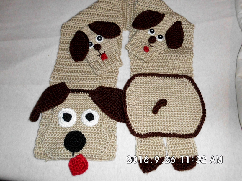 scarf-and-mittens-crocheted